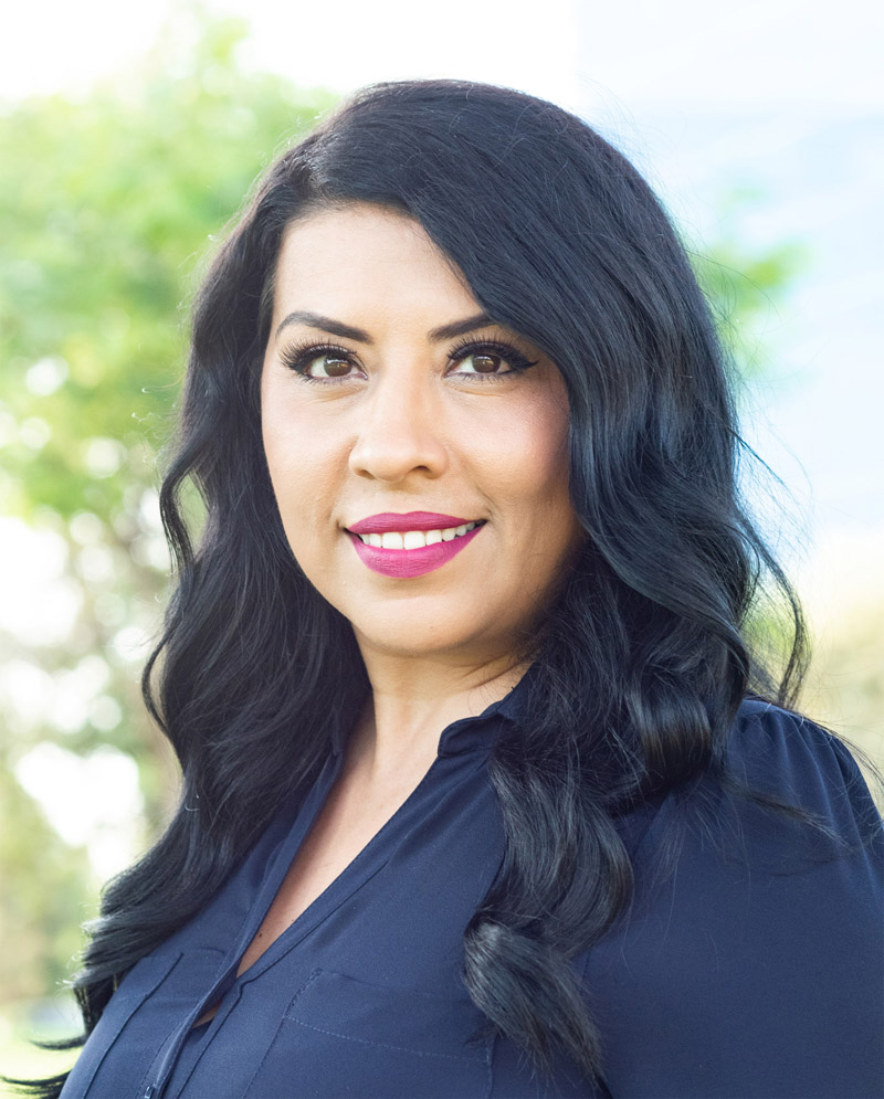 Brenda Hernandez Golden Coast Finance